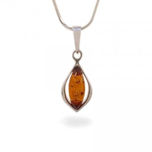 Amber pendant | Sterling silver | Height - 29mm, Width - 11mm | Weight - 1,7g | ZD.1116
