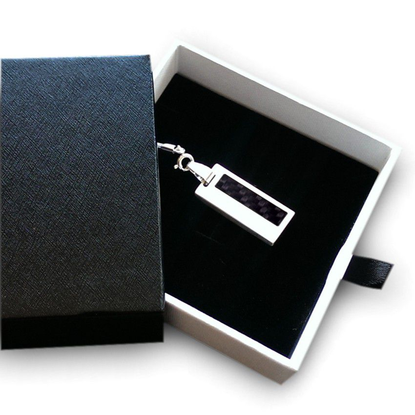 Carbon Fiber Flash Drive | USB 2.0 16GB | Sterling Silver | Carbon Fiber | Available in 10 fonts nad Ikons