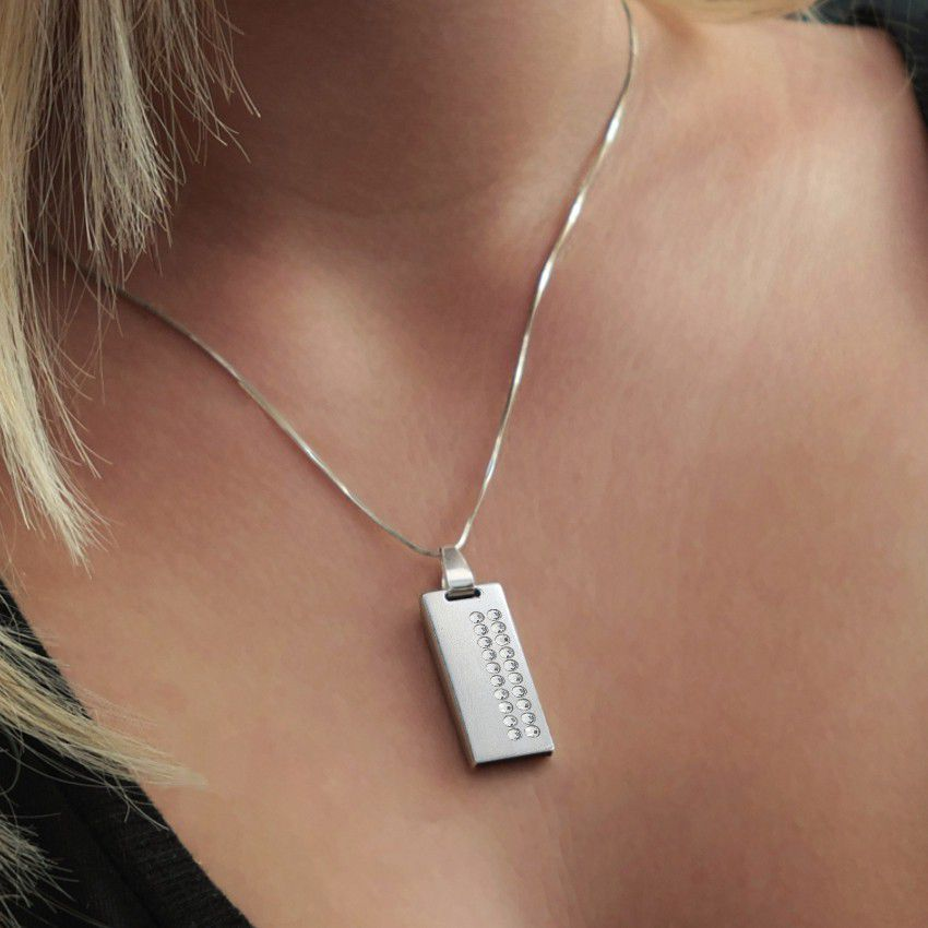 Jewelry USB Flash Drive   USB 2.0 16GB   Sterling Silver   20 Swarovski crystal   Silver chain   Available in 10 fonts nad Ikons