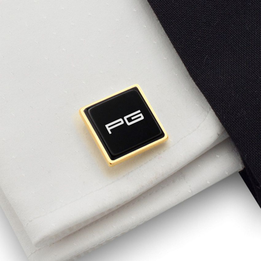 Engraved Gold Cufflinks | Available in 10 fonts | Sterling silver gold plated | Onyx stone | ZD.67Gold