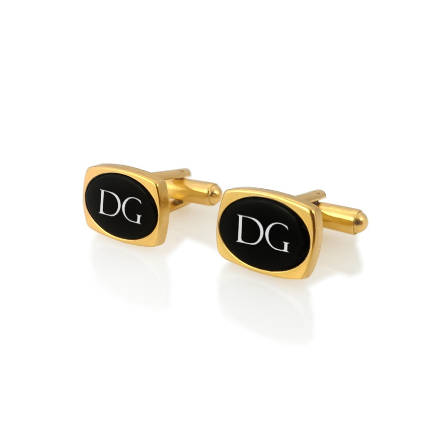 Engraved Oval Cufflinks   Available in 10 fonts   Sterling silver gold plated   Onyx stone   ZD.83Gold